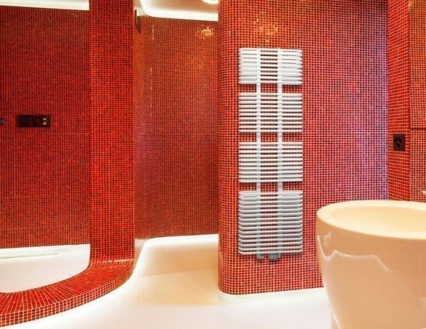 1 Ovaltic radiator bathroom Luxrad