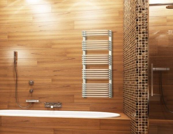 1 Salto Invest radiator Luxrad bathroom